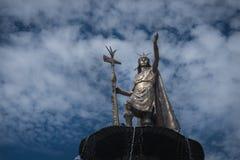 Estátua de Pachacutec fotografia de stock