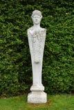 Estátua de pedra, abadia de Mottisfont, Hampshire, Inglaterra imagem de stock