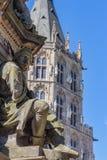 Estátua de pedra na água de Colônia Alemanha fotografia de stock royalty free