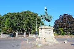 Estátua de Redvers Buller com o cone do tráfego em Exeter, Reino Unido Imagens de Stock Royalty Free