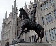Estátua de Robert o Bruce fora da faculdade de Marischal, Aberdeen, Imagem de Stock Royalty Free