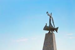 Estátua de São Nicolau na cidade velha de Nessebar, Bulgária Imagens de Stock Royalty Free