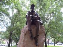 Estátua de Samuel Eliot Morison, alameda da avenida da comunidade, Boston, Massachusetts, EUA fotografia de stock