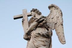 Estátua de um anjo Imagens de Stock Royalty Free