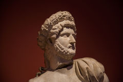Estátua de um guerreiro romano novo, Antalya, Turquia Imagens de Stock Royalty Free
