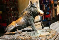A estátua de um varrão chamado ` do IL Porcellino do ` é um dos marcos fotografia de stock