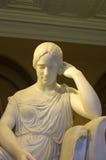 Estátua de uma menina Foto de Stock Royalty Free