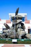 Estátua de Wolfpack em Carter-Finley Stadium, Cary, North Carolina fotos de stock