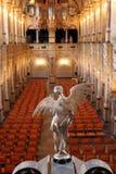Estátua do anjo na capela fotos de stock royalty free