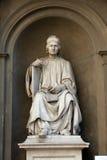 Estátua do arquiteto famoso Arnolfo di Cambio Imagens de Stock