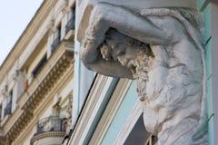 Estátua do atlas, detalhe arquitetónico Fotos de Stock