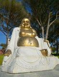 Estátua do budha do ouro Imagens de Stock Royalty Free