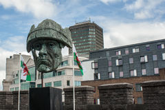 Estátua do castelo de Cardiff Fotos de Stock Royalty Free