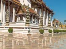 Estátua do cavalo em Wat Suthat, templo real no balanço gigante em Banguecoque em Tailândia Imagens de Stock Royalty Free