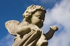 Estátua do Cherub fotografia de stock royalty free