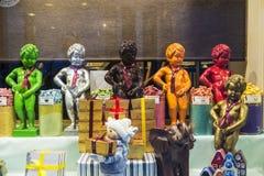 Estátua do chocolate de pis de Manneken em Bruxelas, Bélgica Fotografia de Stock Royalty Free