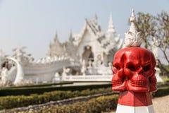 Estátua do crânio no templo Foto de Stock Royalty Free
