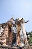 Estátua do elefante em torno do pagode no templo de Wat Chang Lom, Sukhotha Imagens de Stock