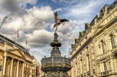 Estátua do Eros no circo de Piccadilly, Londres Imagens de Stock