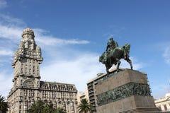 Estátua do general Artigas no quadrado da independência, Montevideo Foto de Stock Royalty Free
