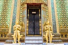 Estátua do guardião de Wat Phra Kaew Imagens de Stock Royalty Free