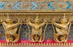 Estátua do Iaque-sa no templo da parede em público Fotos de Stock Royalty Free