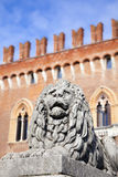 Estátua do leão Imagens de Stock Royalty Free