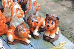 Estátua do leão do bebê Fotos de Stock