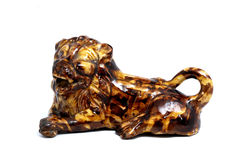 Estátua do leão feita do material ceremaic Fotos de Stock Royalty Free
