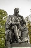 Estátua do monumento de Edward Jenner, Londres fotos de stock