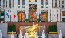 Estátua do PROMETHEUS no centro de Rockefeller em New York City Fotografia de Stock Royalty Free