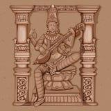 Estátua do vintage da escultura indiana de Saraswati da deusa Imagens de Stock