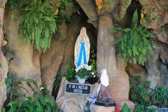 Estátua do Virgin Mary imagens de stock royalty free