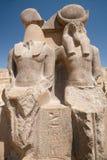 Estátua dobro da deusa de Sekhmet fotografia de stock