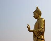 Estátua dourada de buddha Fotos de Stock Royalty Free
