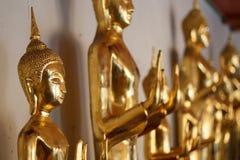 Estátua dourada de buddha Foto de Stock