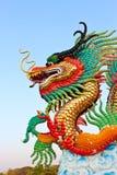 Estátua dourada do dragão Fotos de Stock Royalty Free