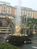 Estátua dourada em fotografia de stock royalty free