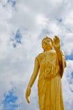 Estátua estando de Buddha, Tailândia Imagem de Stock Royalty Free