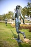 Estátua fêmea do corredor de maratona Imagens de Stock
