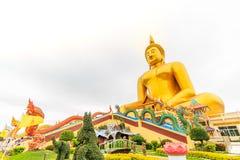 Estátua grande de buddha em Tailândia imagem de stock