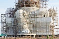 Estátua grande do ganesha sob a construção fotografia de stock