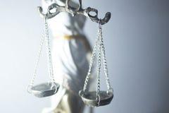 Estátua legal de justiça dos advogados foto de stock