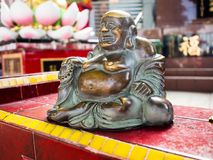 A estátua legendária do deus em novelas da fantasia de China é localiza foto de stock