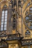 Estátua na catedral metropolitana de Saint Vitus Imagens de Stock