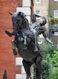 Estátua no jardim de Covent Londres da igreja dos atores fotos de stock royalty free