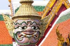 Estátua no palácio grande, Banguecoque (detalhes do close-up) Foto de Stock