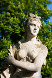 Estátua no parque imagem de stock royalty free