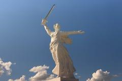 Estátua no quadrado de Matryoshka fotos de stock