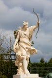 Estátua nos jardins de Versalles Foto de Stock Royalty Free